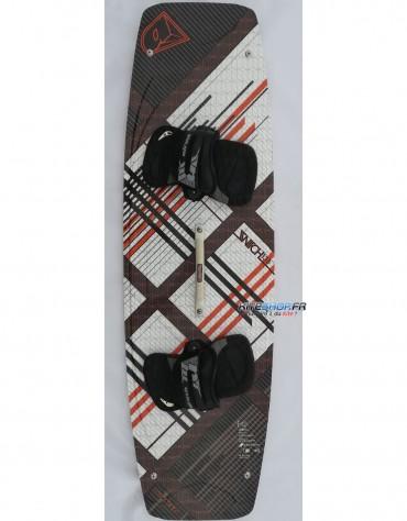 PLANCHE DE KITESURF AIRUSH SWITCH 140X42 COMPLETE